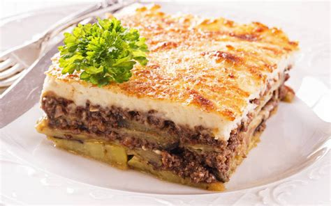 cuisine grecque traditionnelle recette moussaka grecque traditionnelle économique et