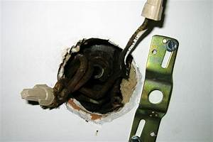 Replace light w small ceiling fan old wiring