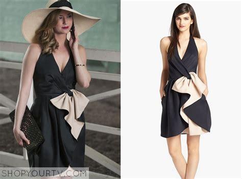 emily thorne fashion clothes style  wardrobe worn