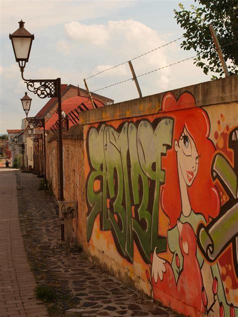 picture street graffiti urban city art
