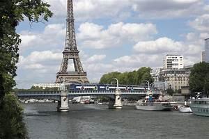 Renault Vitry Sur Seine : file paris rer c crosses the seine on pont wikimedia commons ~ Gottalentnigeria.com Avis de Voitures
