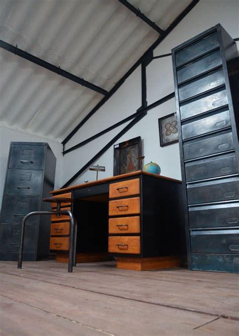 classeur metallique bureau 41 best images about meubles de rangement on