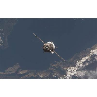 Soyuz Spacecraft - Pics about space