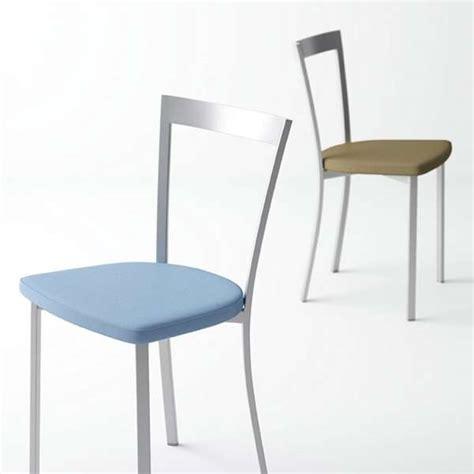 chaises de cuisine modernes chaise de cuisine moderne en synthétique et métal spirit