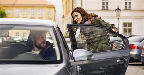 Safety Tips For Using Uber, Lyft