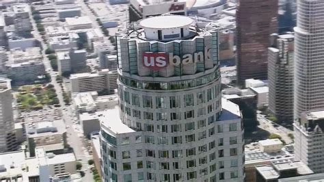 us bank tower milwaukee observation deck la s tallest tower to open observation deck abc7