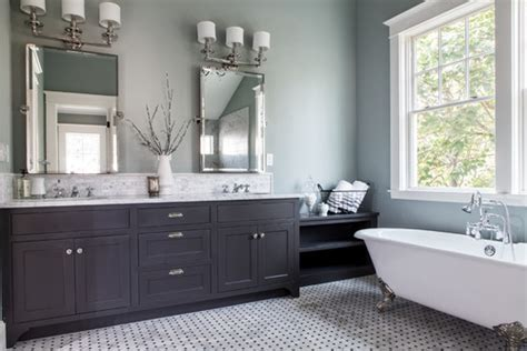 wall color for gray vanity need help with matching light brown carpet to paint for walls