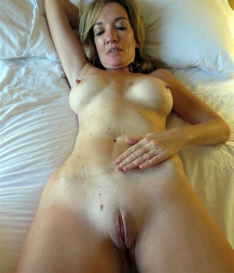 Mature Sex Submitted Mature Wife