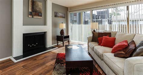 club  indian creek apartments rentals overland park