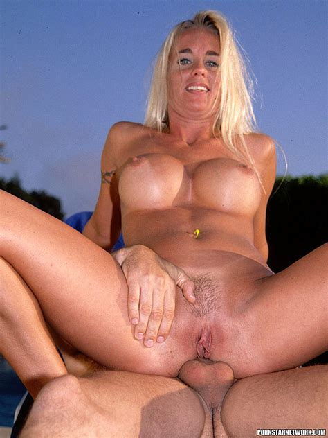 Cheyanne Blonde Milf With Big Tits Loves Anal 58557