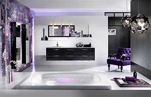 Black white and purple bathroom 2017 grasscloth wallpaper for Dark purple bathrooms