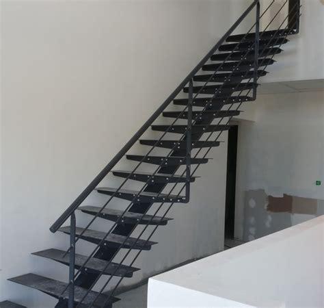 Escalier En Metal Interieur Escalier M 233 Tallique D Int 233 Rieur Salon De Provence Sas Smdr