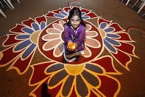 Diwali 2014: Beautiful Rangoli Designs for this Festival