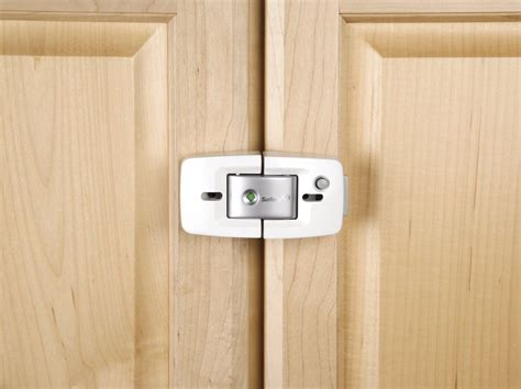 Cabinets That Lock by Safety 1st Prograde Cabinet Lock Best Price Babyproof