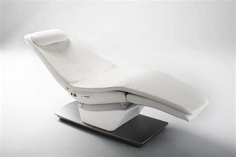 enjoy fantastic relaxation panasonic s relax chair