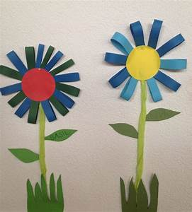 Blumen Basteln Kinder : klassenkunst sommerliche blumen fr hlingsbasteln pinterest ~ Frokenaadalensverden.com Haus und Dekorationen