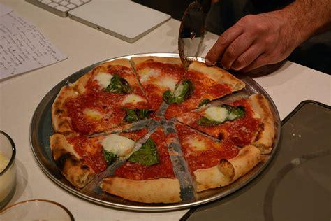 pizza  ges monogram pizza oven tastes  digital trends