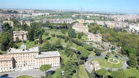 le vatican m 233 connu le centre ville du petit etat cath ch
