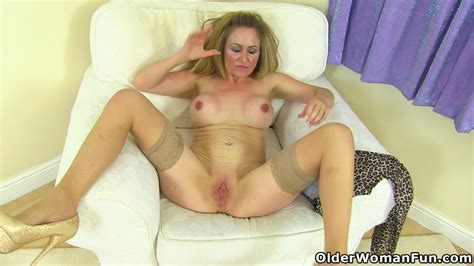 uk milf classy filth doesn t wear her bra and knickers