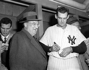 Oct  8  1956  Don Larsen Throws A Perfect Game In The