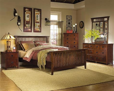 Traditional Cherry Finish Classic Bedroom Woptional Case