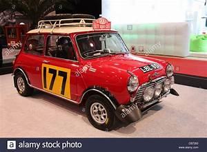 Rallye De Monte Carlo : mini cooper s vainqueur de la voiture de rallye de monte carlo 1967 repr sent l 39 essen ~ Medecine-chirurgie-esthetiques.com Avis de Voitures