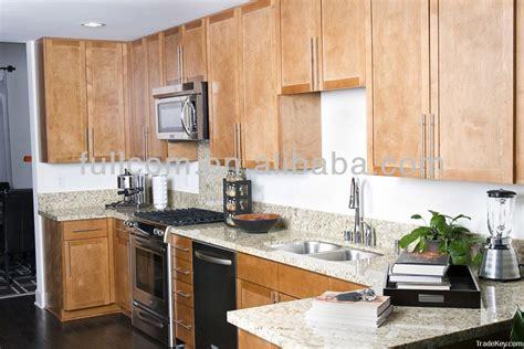 cuisine bouleau style shaker porte de l 39 armoire de cuisine en bois massif