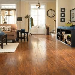pergo xp highland hickory 10 mm x 4 7 8 in wide x 47 7 8 in length laminate flooring 13