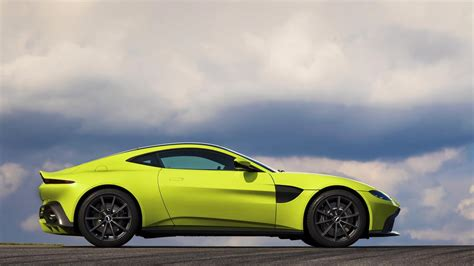 All-new Aston Martin Vantage debuts with twin-turbo V8 ...