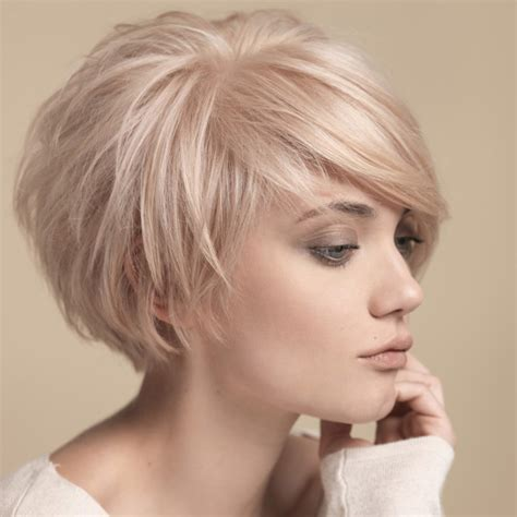 haircuts for thin hair to make it look thicker 20 easy bob haircuts that make your hair fuller 5816