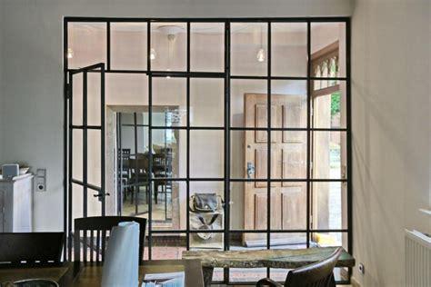 Industrie Look Küche by Wie Fr 252 Glastrennwand Im Industrie Look