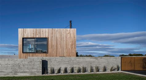A Budget-friendly, Modest House Makes The Most Of Its