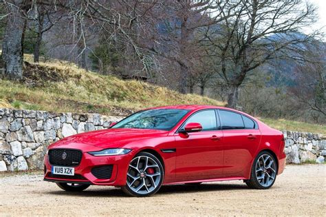 Jaguar Xe Picture by New Jaguar Xe Facelift 2019 Review Pictures Auto Express