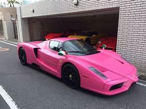 Villa Rose Porsche : bright pink ferrari enzo spotted in japan ~ Medecine-chirurgie-esthetiques.com Avis de Voitures