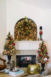 Small Christmas Tree Decorating Ideas