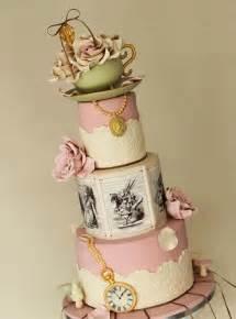 mariage au pays des merveilles le gâteau de mariage d 39 au pays des merveilles mariage