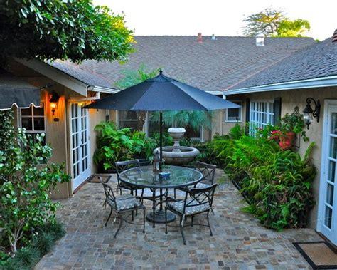 pin  laura walden  enclosed courtyards pinterest