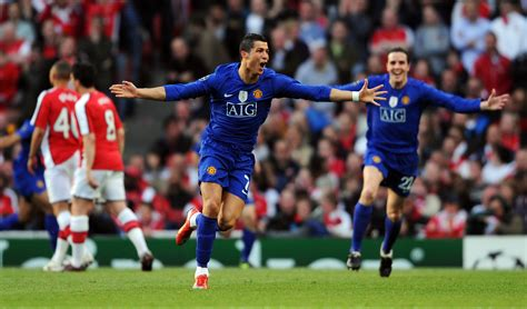 Cristiano Ronaldo - Cristiano Ronaldo Photos - Arsenal v ...