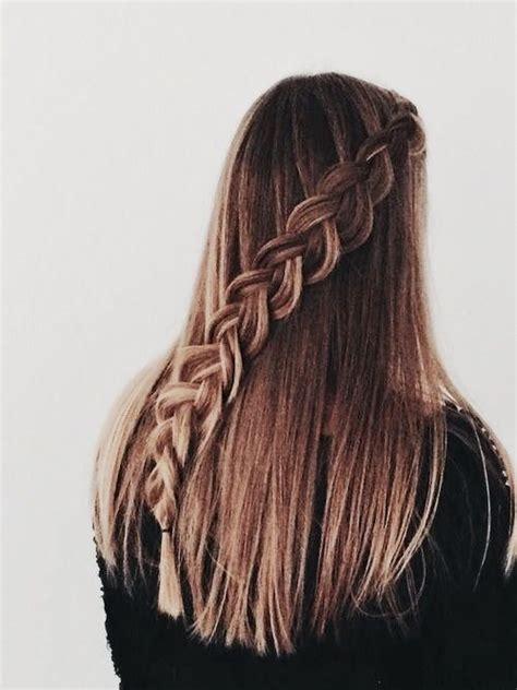 peinados  cabello lacio largo suelto  faciles de