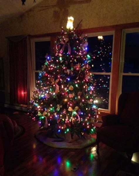 Red And Black Small Living Room Ideas by Christmas Tree For Living Room Living Room Designs