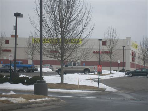 Office Depot Locations In Ct by Dead And Dying Retail Circuit City And Office Depot In
