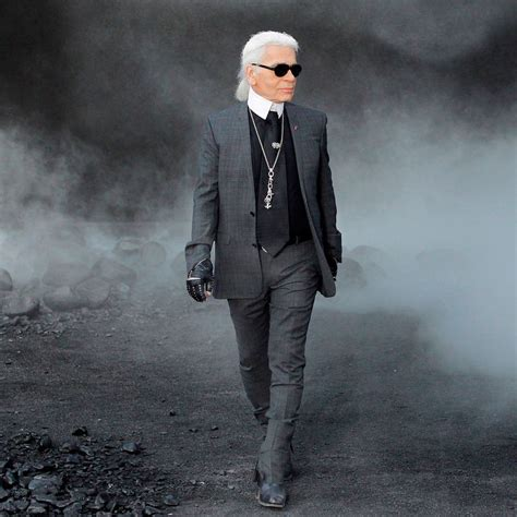 Karl Lagerfeld to posthumously launch a makeup collection ...