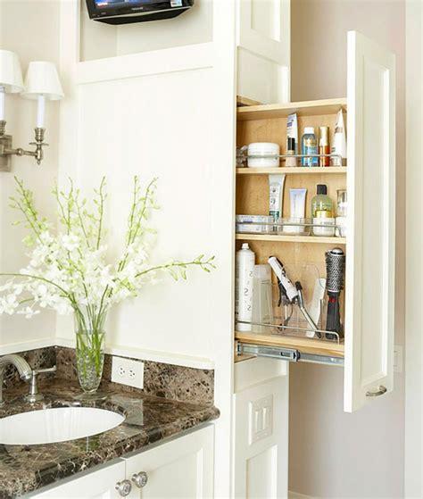 chambre de commerce astuces intéressantes de rangement salle de bain design