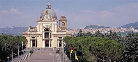 Le Stuoie Santa Degli Angeli by Papa Francesco Ad Assisi Tutte Le Misure Organizzative