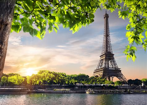 Paris Vacation Packages | Superior Cruise & Travel