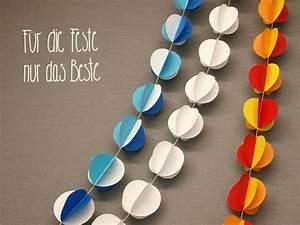 Einfache Krippe Selbst Basteln : papierb llchengirlande basteln ~ Orissabook.com Haus und Dekorationen