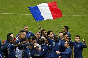 France celebrates qualification for 2014 World Cup | Daily ...