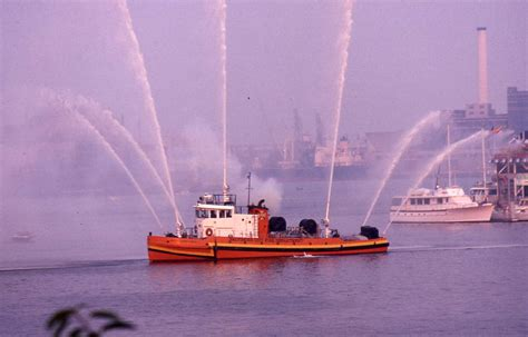 Fire Boat Pics by Fire Boats Main Page