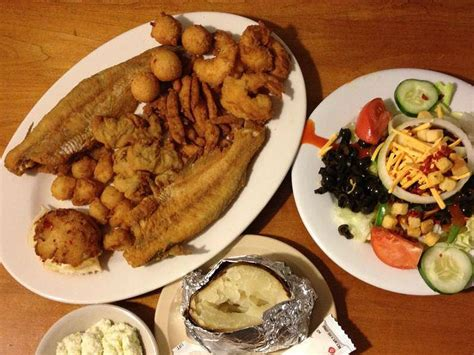 8 Best Holeinthewall Restaurants In Georgia