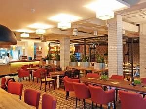 Skyline Plaza Alex : p m furniture mobilier horeca la comanda si design de interior ~ Markanthonyermac.com Haus und Dekorationen
